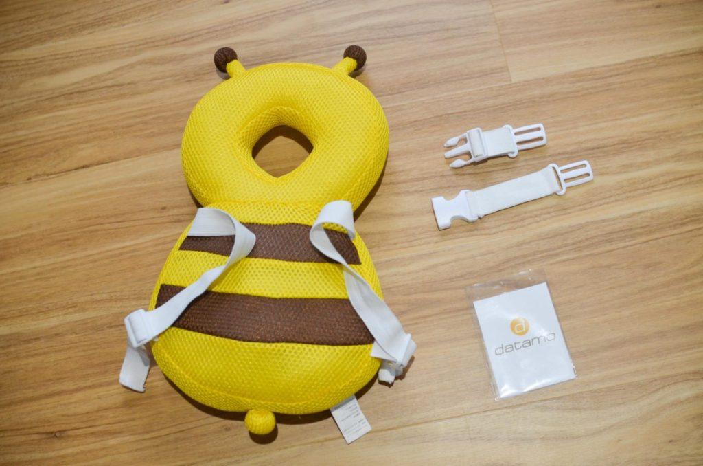 アマゾンで注文したミツバチの転倒防止リュック、ベビーヘッドガード。
