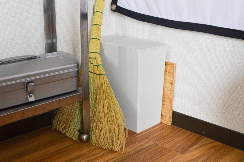 無印良品のゴミ箱をおむつ用に。